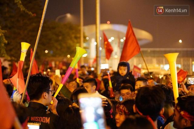 Thủ tướng Nguyễn Xuân Phúc gặp mặt và dùng bữa tối thân mật với các nhà vô địch SEA Games 30 - Ảnh 23.
