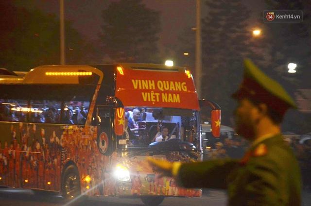 Thủ tướng Nguyễn Xuân Phúc gặp mặt và dùng bữa tối thân mật với các nhà vô địch SEA Games 30 - Ảnh 30.