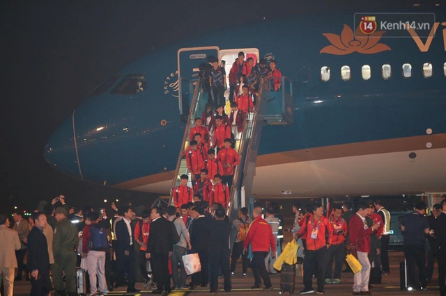 Thủ tướng Nguyễn Xuân Phúc gặp mặt và dùng bữa tối thân mật với các nhà vô địch SEA Games 30 - Ảnh 38.