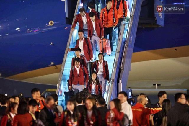 Thủ tướng Nguyễn Xuân Phúc gặp mặt và dùng bữa tối thân mật với các nhà vô địch SEA Games 30 - Ảnh 41.