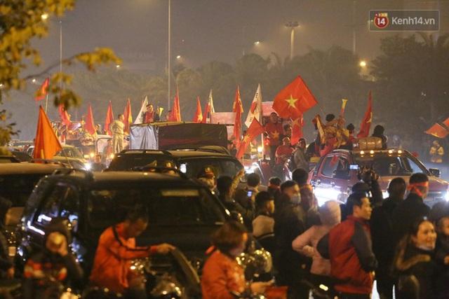 Thủ tướng Nguyễn Xuân Phúc gặp mặt và dùng bữa tối thân mật với các nhà vô địch SEA Games 30 - Ảnh 46.