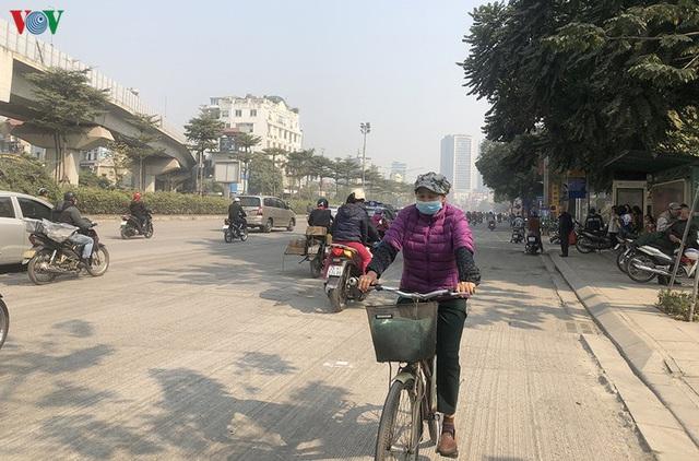 Cuối năm, Hà Nội lại đào đường lát đá vỉa hè, phố phường bụi mù mịt  - Ảnh 15.