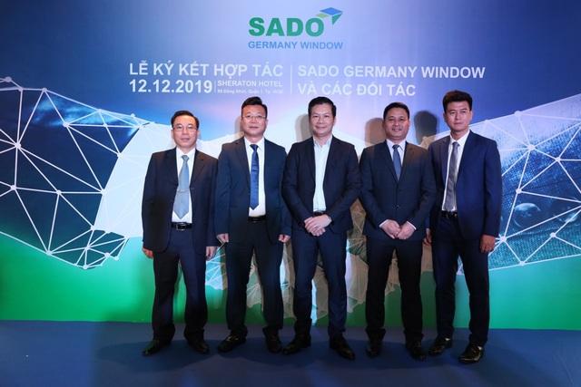 Shark Hưng rót 12 triệu USD đầu tư vào nhà máy sản xuất phụ kiện cửa Sado - Ảnh 1.