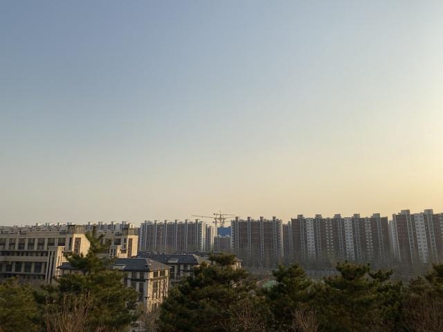 Đông dân như Trung Quốc còn bế tắc trong tình trạng khủng hoảng nhà ở giá rẻ: Mọc lên như nấm nhưng không ai mua, hạ giá kịch sàn vẫn ế hàng vì chất lượng quá tệ - Ảnh 2.