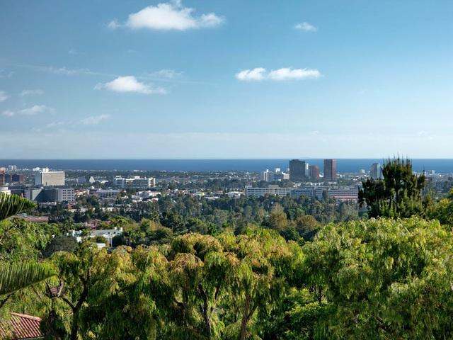 Chiêm ngưỡng dinh thự 150 triệu USD đắt nhất khu nhà giàu California - Ảnh 11.