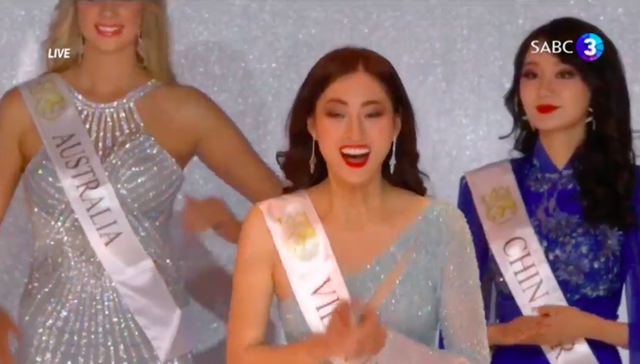 Chung kết Miss World 2019: Lương Thùy Linh làm nên kỳ tích khi lọt hẳn vào Top 12, tự tin bắn tiếng Anh trước hàng nghìn khán giả! - Ảnh 6.