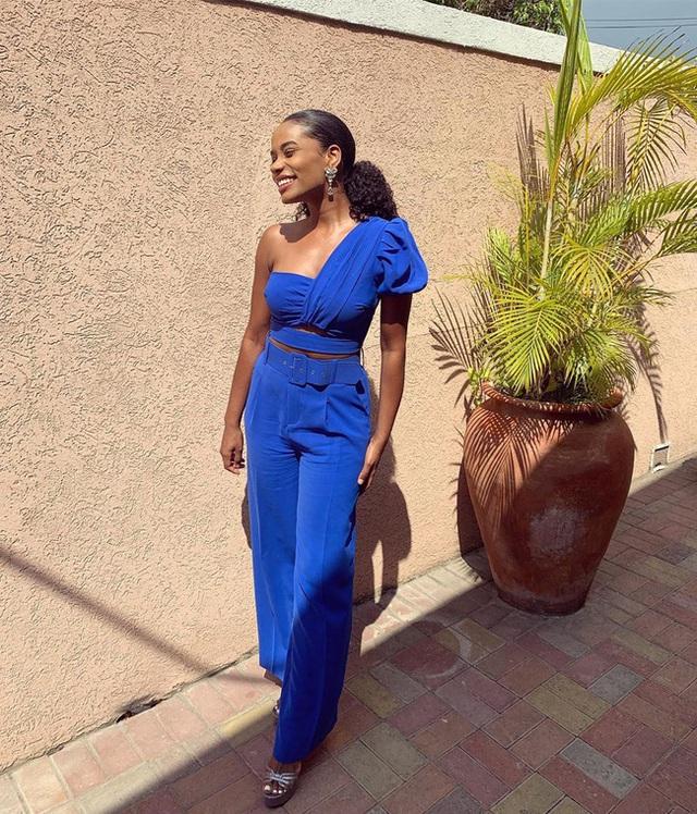 Chân dung tân Hoa hậu Thế giới 2019: Cô gái Jamaica cao 1.67m với nụ cười tỏa nắng cùng giọng hát truyền cảm như Whitney Houston - Ảnh 8.