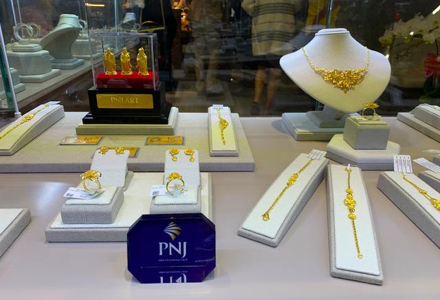 PNJNext đầu tiên ở phía Bắc chính thức ra mắt tại Hà Nội - Ảnh 4.