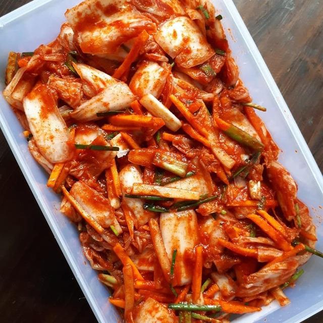 Ăn kim chi hóa ra sẽ khiến bạn nhận được những lợi ích không tưởng này, bảo sao người Hàn lại thích thú đến vậy  - Ảnh 2.