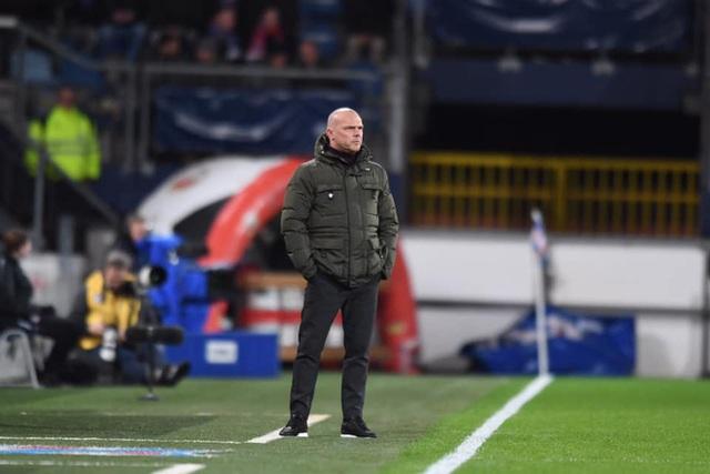 HLV SC Heerenveen: Văn Hậu cần kiên nhẫn đợi thời cơ, cậu ấy rất cần thiết cho nửa sau của mùa giải - Ảnh 3.