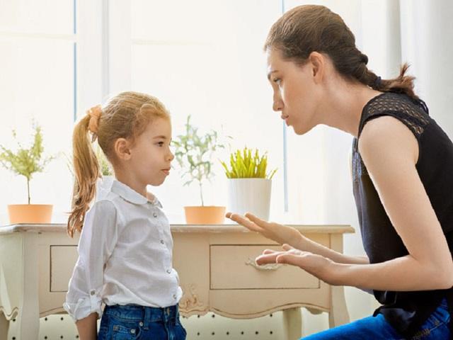 Quát mắng, trừng phạt không thể giúp trẻ dễ bảo hơn: Quyền cao chức trọng đến đâu cũng phải nhớ rằng cha mẹ cần giáo dục, chia sẻ chứ đừng kiểm soát con - Ảnh 2.