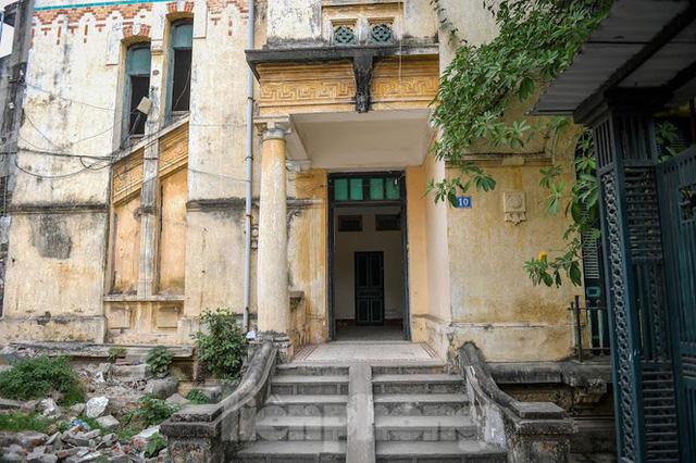 Báo cáo Thủ tướng việc phá bỏ biệt thự cổ trạm phát sóng Bạch Mai - Ảnh 1.