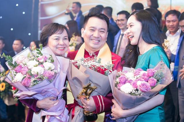 CEO PNJ Lê Trí Thông: PNJ đang vươn ra thế giới, chúng tôi cùng các doanh nhân trẻ sẽ chung tay xây dựng Việt Nam hùng cường - Ảnh 2.
