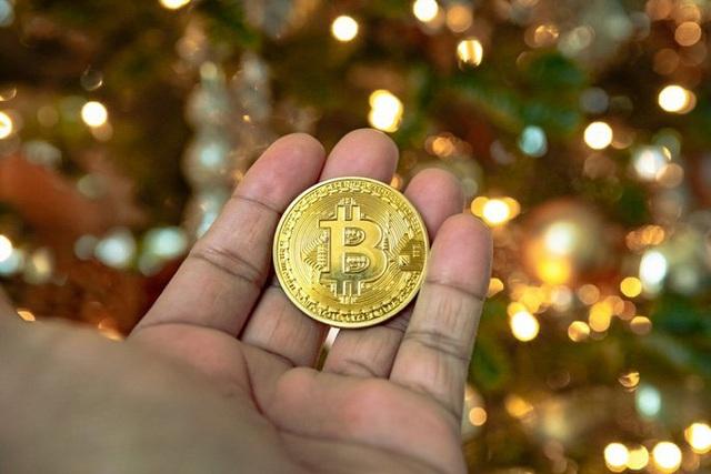 Bitcoin đảo chiều tăng vùn vụt - Ảnh 1.
