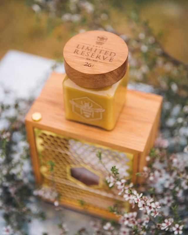 Có gì bên trong loại mật ong đắt tiền nhất thế giới khiến dân tình sẵn sàng chi tới nghìn đô để mua cho bằng được? - Ảnh 2.