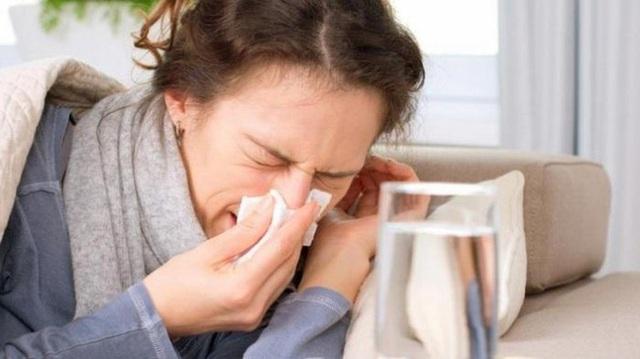 Tất tần tật những gì cần biết về Tamiflu - loại thuốc hiện đang tăng giá gấp 10 lần do sự bùng phát của cúm A/H1N1 - Ảnh 1.