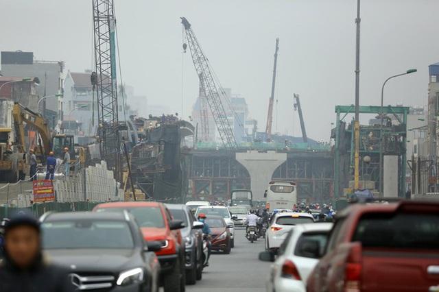 Nhiều tuyến phố Hà Nội được tắm trở lại sau 3 năm tạm dừng - Ảnh 1.