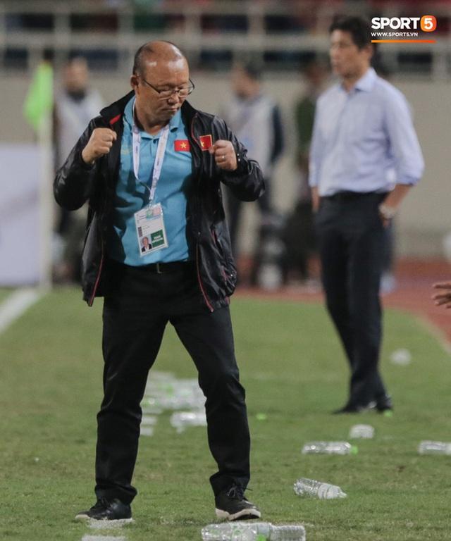 Tuyển Việt Nam kết thúc năm 2019 với vị trí chưa từng có trên BXH FIFA, xứng danh nhà vua bóng đá Đông Nam Á - Ảnh 2.