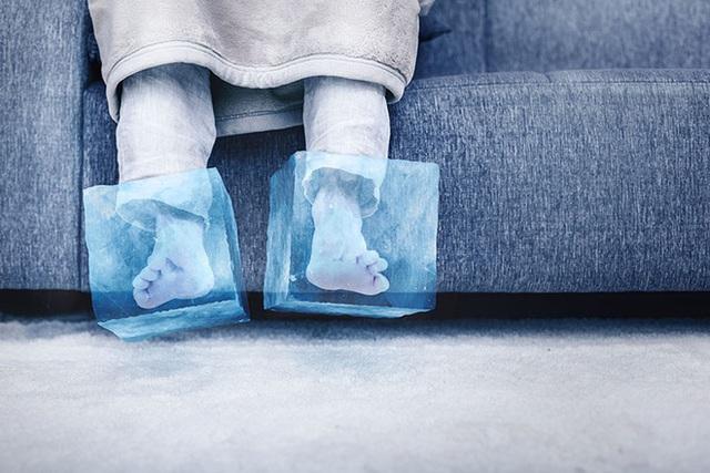 Hãy cẩn thận với 6 dấu hiệu ở bàn chân nếu không muốn nhập viện cấp cứu - Ảnh 7.
