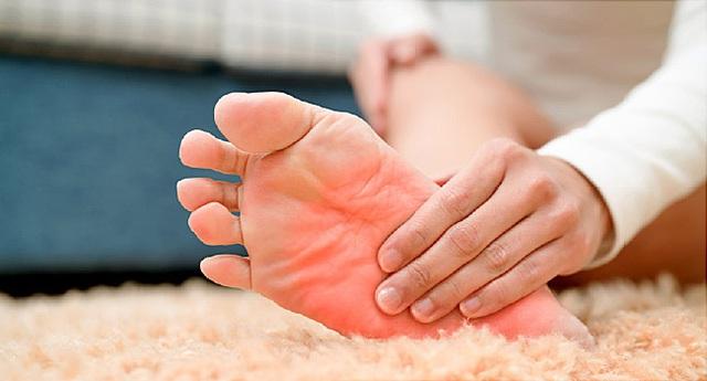Hãy cẩn thận với 6 dấu hiệu ở bàn chân nếu không muốn nhập viện cấp cứu - Ảnh 8.