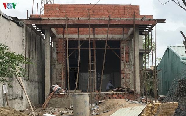 Xử nghiêm sai phạm để dẹp nạn vi phạm xây dựng tại TP HCM - Ảnh 1.