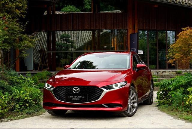 Triệu hồi hơn 35.000 xe Mazda3 mới - Ảnh 1.