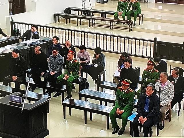 Ngày 6 xử vụ MobiFone mua AVG: Cựu Chủ tịch AVG Phạm Nhật Vũ đang nằm viện, đề nghị luật sư tiến hành bào chữa - Ảnh 1.