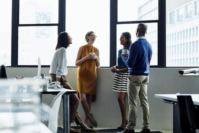 Tiền bạc vốn nhạy cảm nhưng không ít dân công sở đã mạo phạm đồng nghiệp chỉ vì xem nhẹ 6 quy tắc này - Ảnh 3.