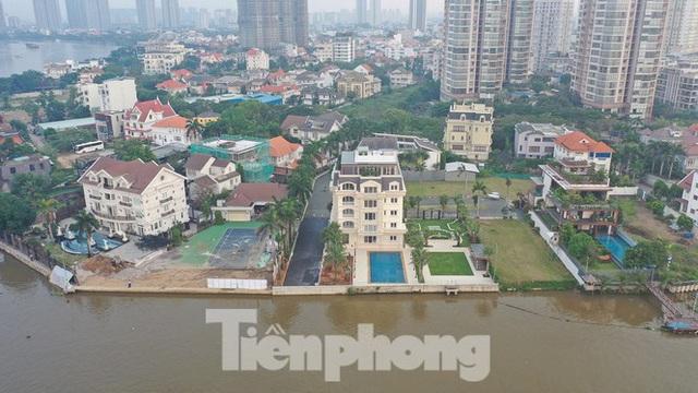 TPHCM điểm mặt trên 100 dự án có dấu hiệu lấn sông Sài Gòn - Ảnh 1.
