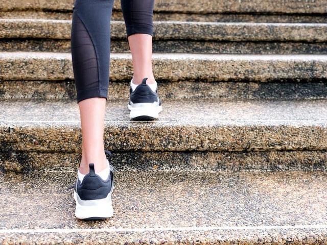 Đi bộ 10.000 bước/ngày có thực sự là chìa khóa cho một cuộc sống khỏe mạnh? Tôi đã thử và bị stress, trước khi hiểu ra điều gì là tốt nhất cho cơ thể! - Ảnh 1.