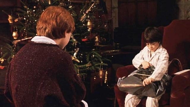 Góc kinh tế học: Tại sao tác động kích cầu không bù đắp được tổn thất của Giáng sinh? - Ảnh 2.