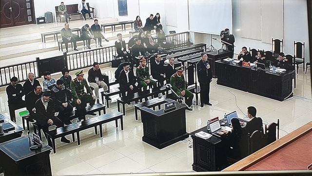 Cựu Chủ tịch AVG Phạm Nhật Vũ xin vắng mặt trong ngày nói lời sau cùng và tuyên án vì lý do sức khoẻ - Ảnh 4.