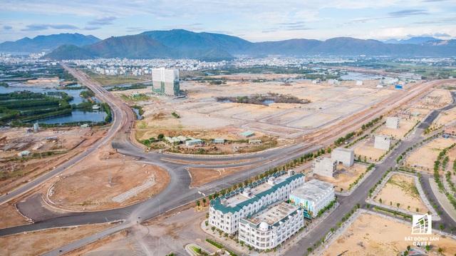 Đầu tư mạng lưới giao thông, điều chỉnh khu kinh tế theo hướng đô thị nghỉ dưỡng đang tác động mạnh đến bất động sản Bình Định - Ảnh 2.