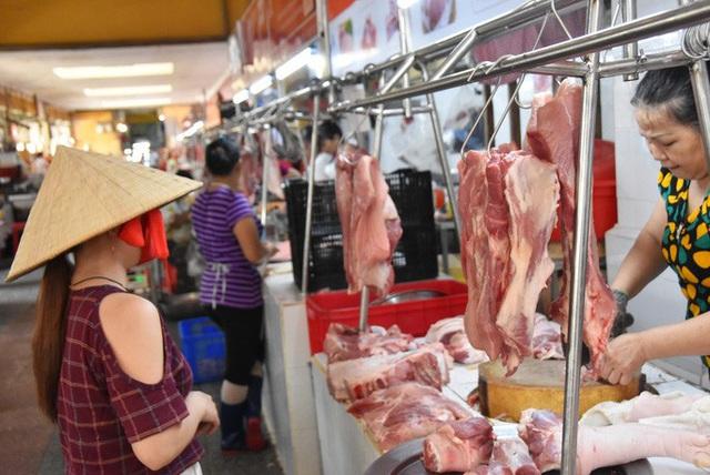Vì sao chưa đưa thịt heo vào danh mục hàng dự trữ quốc gia? - Ảnh 1.
