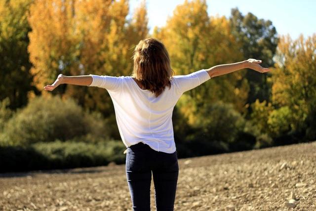 8 mẹo nhỏ giúp xốc lại tinh thần và cơ thể sau khi tiệc tùng, nhậu nhẹt dịp cuối năm, hiệu quả gần như tức thì! - Ảnh 6.