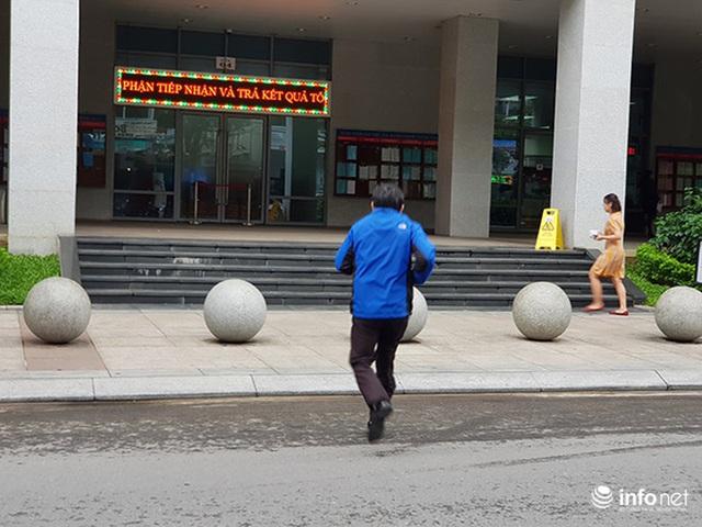 Nên di dời 43 quả cầu đá quây trước Trung tâm Hành chính TP Đà Nẵng? - Ảnh 12.