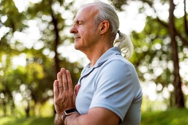 Lợi ích tuyệt vời cho sức khỏe khi bạn tập yoga - Ảnh 3.