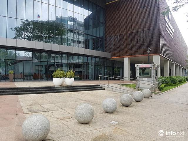 Nên di dời 43 quả cầu đá quây trước Trung tâm Hành chính TP Đà Nẵng? - Ảnh 4.