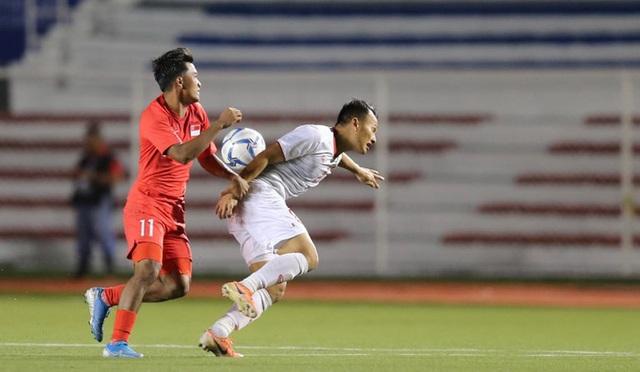 Đá trận tệ nhất dưới thời thầy Park, U22 Việt Nam tìm được chiến thắng may mắn phút cuối - Ảnh 2.