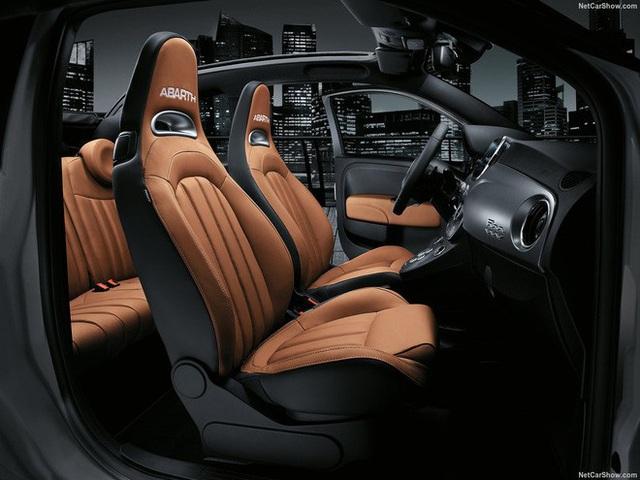 Abarth 595 gần 3 tỷ đồng chào hàng đại gia Việt: Xe nhỏ hơn VinFast Fadil nhưng giá ngang Porsche Macan với trang bị khủng như siêu xe - Ảnh 14.
