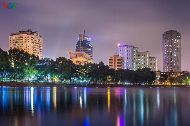 Toàn cảnh hồ Thành Công vừa bị đề xuất lấp để xây chung cư - Ảnh 2.