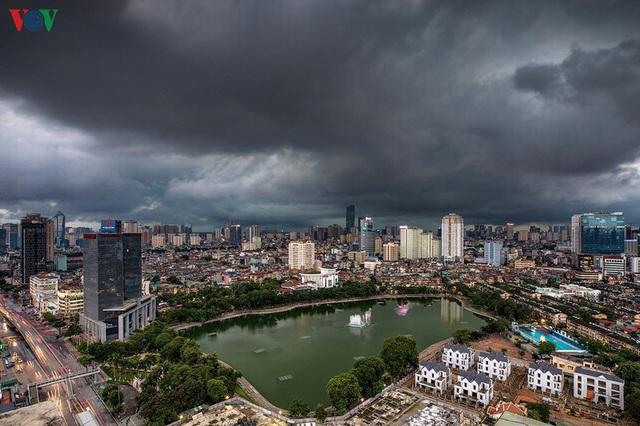 Toàn cảnh hồ Thành Công vừa bị đề xuất lấp để xây chung cư - Ảnh 7.