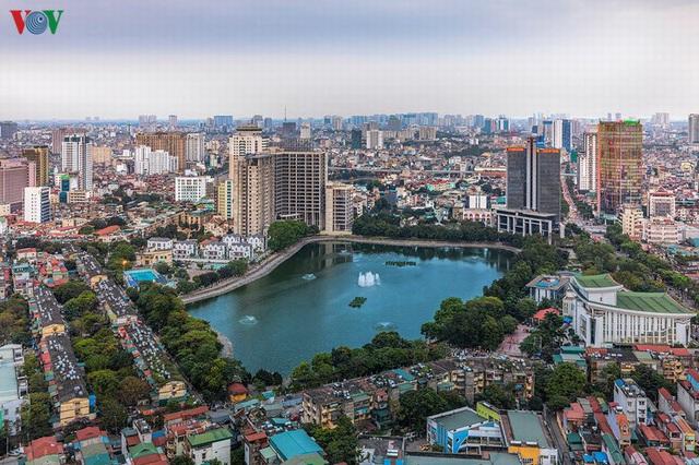Toàn cảnh hồ Thành Công vừa bị đề xuất lấp để xây chung cư - Ảnh 8.
