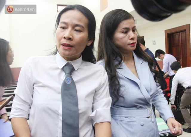 Phúc thẩm vụ ly hôn nghìn tỷ: HĐXX nghị án, bà Thảo cho biết 100 tỷ bên Singapore quá nhỏ, chỉ bằng cái móng tay so với khối tài sản của Trung Nguyên - Ảnh 2.