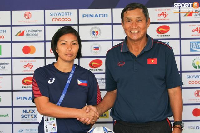 HLV trưởng mong có nhiều fan tới cổ vũ tuyển nữ đá bán kết SEA Games 30 với chủ nhà Philippines - Ảnh 2.