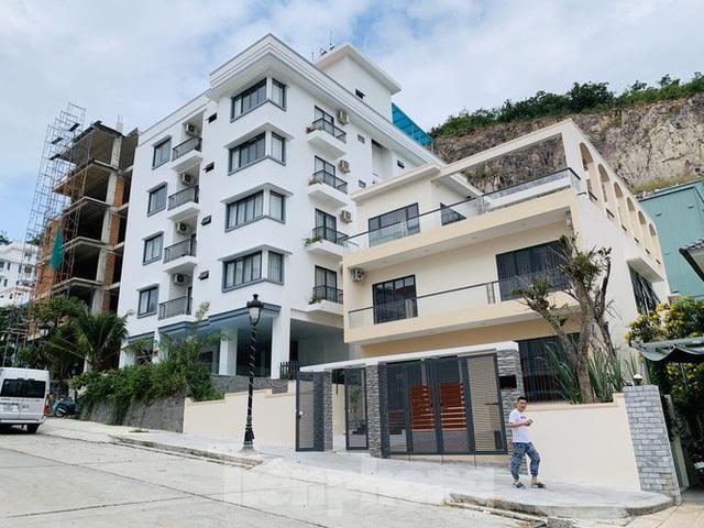 Bị lập chốt chặn, khu biệt thự Ocean View Nha Trang vẫn xây dựng trái phép - Ảnh 4.