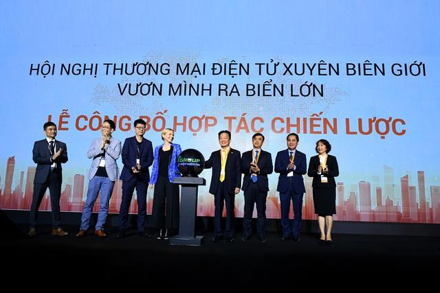 Tương lai của kinh tế số tại Việt Nam nhìn từ thương vụ hợp tác giữa SHB và Amazon - Ảnh 1.