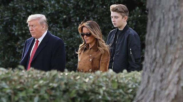 Đệ nhân phu nhân Mỹ lên tiếng bảo vệ con trai giữa bão luận tội Trump - Ảnh 1.