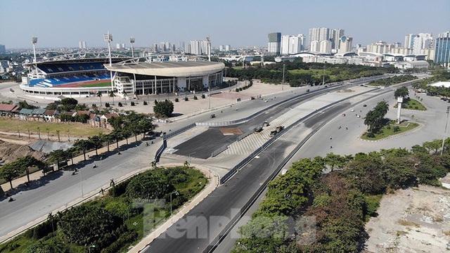 Bay trên đường đua F1 đang thành hình ở Hà Nội - Ảnh 4.