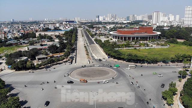 Bay trên đường đua F1 đang thành hình ở Hà Nội - Ảnh 6.